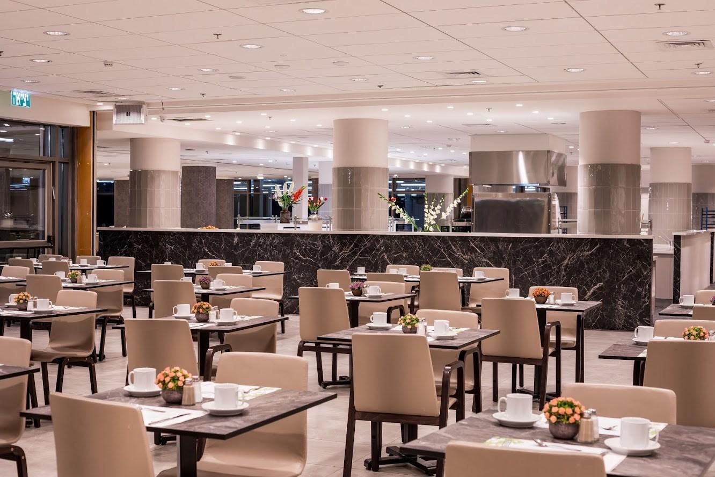 Lavi Hotel Dining Room