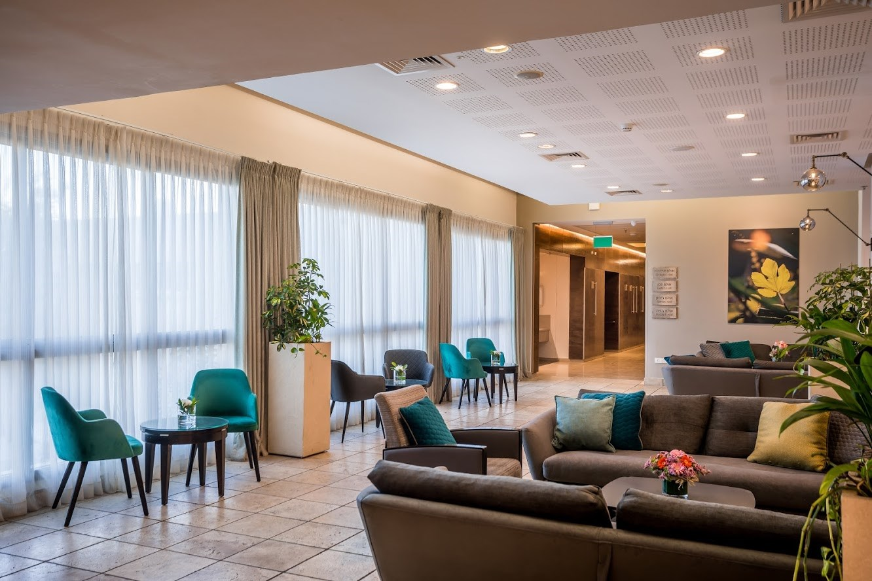 Lavi Hotel Lobby